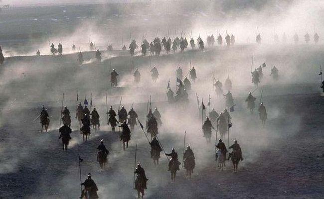 秦大将吕光奉命收复西域成功 主公却淝水大败遇难于是独立