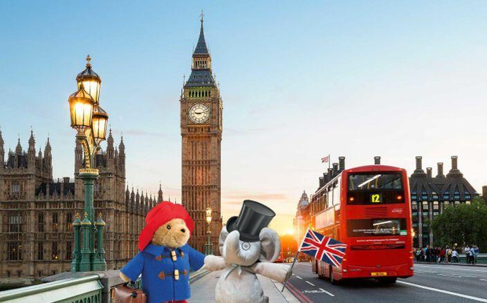 又去了倫敦找小熊朋友 (網上圖片)