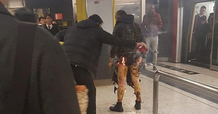 上周五港鐵發生縱火案,一名60歲男子被控一項有意圖而縱火罪。﹝資料圖片﹞