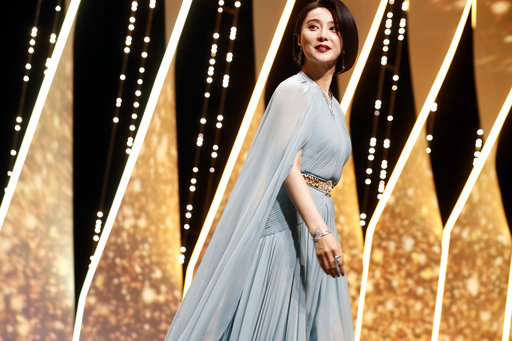 Jury member Fan Bingbing arrives on stage during the opening ceremony of the 70th international film festival, Cannes, southern France, Wednesday, May 17, 2017. (AP Photo/Thibault Camus)