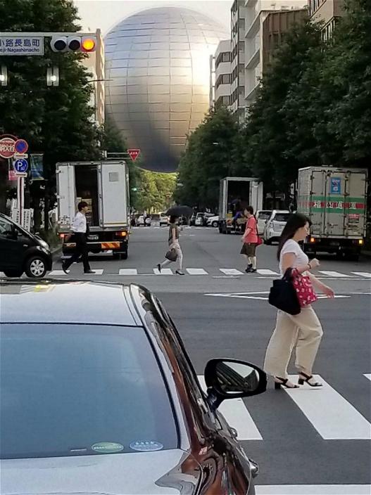 图:名古屋的巨球