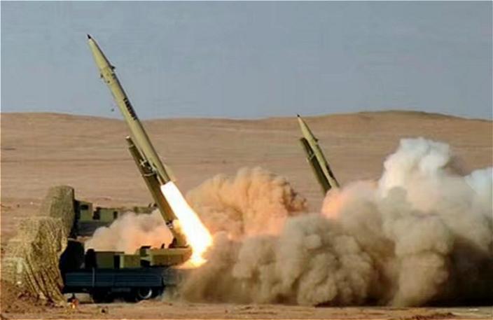 """第三代""""征服者-110""""(Fateh-110)导弹(网上图片)"""