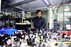 量子科学家潘建伟(新华图片)