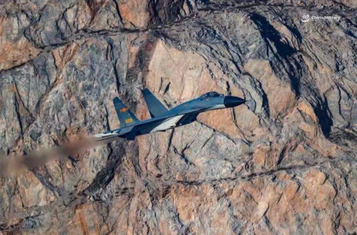 殲11B戰機 (3)