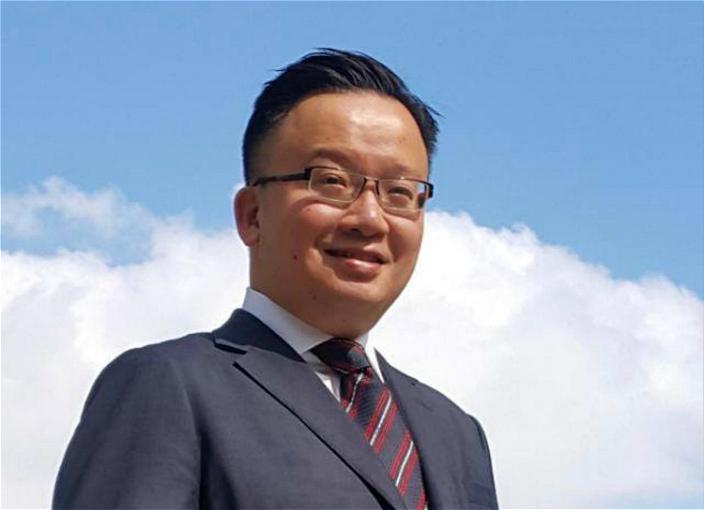 圖:自由黨律師陳曉峰。