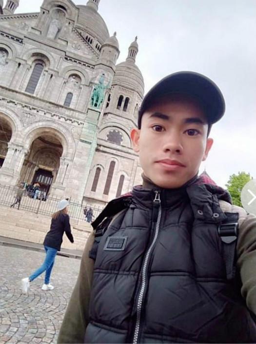 越南男子 Nguyen Dinh Luong 的爸爸就收到电话说儿子在偷渡中遇难。