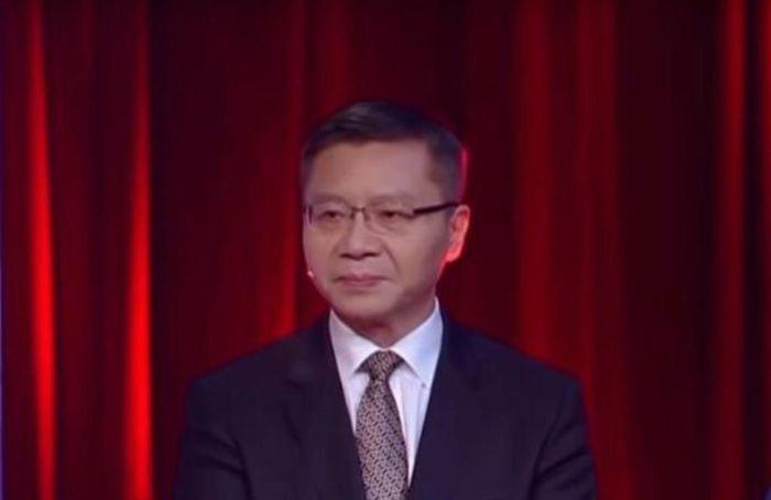 張維為點出香港的亂局,為中國人上了一堂史詩級的愛國主義課。