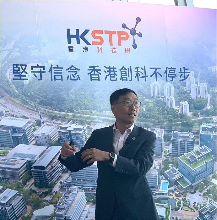 科技園行政總裁黃克強堅持「香港創科不停步」的信念,今年電梯募投比賽氣氛仲好過去年。