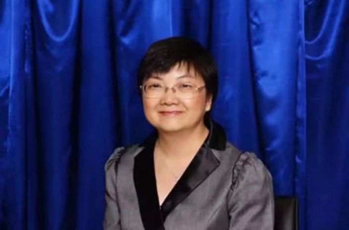 文理校長歐陽惠賢。