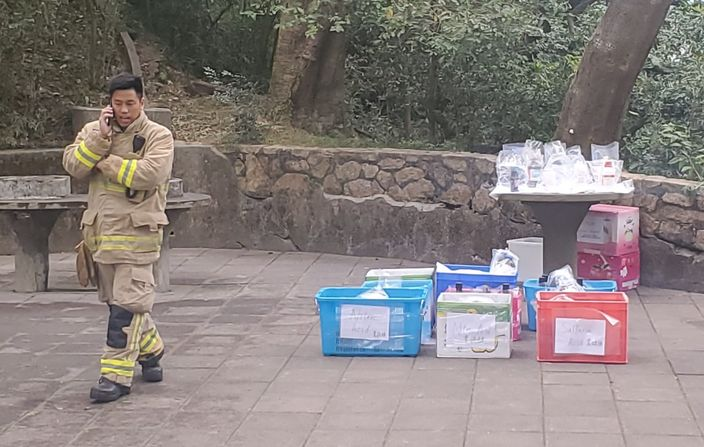 警方检获的化学物品。