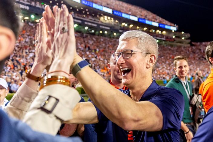 蘋果CEO表現平穩,不過,難以帶給大家驚喜。(AP圖片)