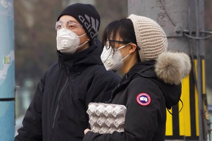 中國就是這樣便封城了,西方對民眾平靜不抗議,十分不了解。(AP圖片)