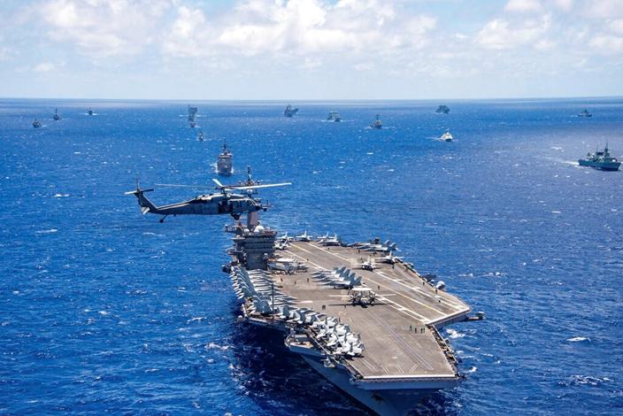 航母戰鬥群再加上「私掠者」,美國將增加多一項優勢︰巧實力。(AP圖片)