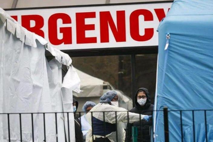 醫護人員救急症疲於奔命。