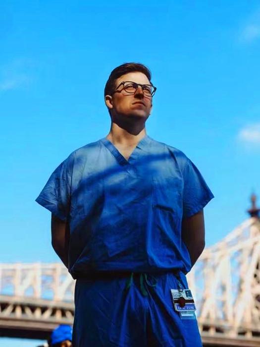 Fred Milgrim醫生。