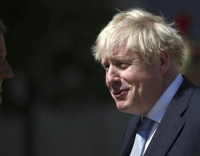 英國首相約翰遜如今好難笑得出。AP圖片