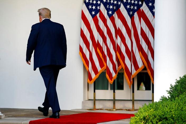 特朗普身後是一場「中年危機」。AP圖片