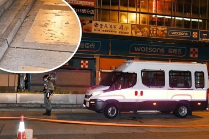 24歲男子在旺角向警車擲汽油彈當場被捕。