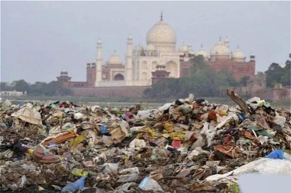 印度泰姬陵。