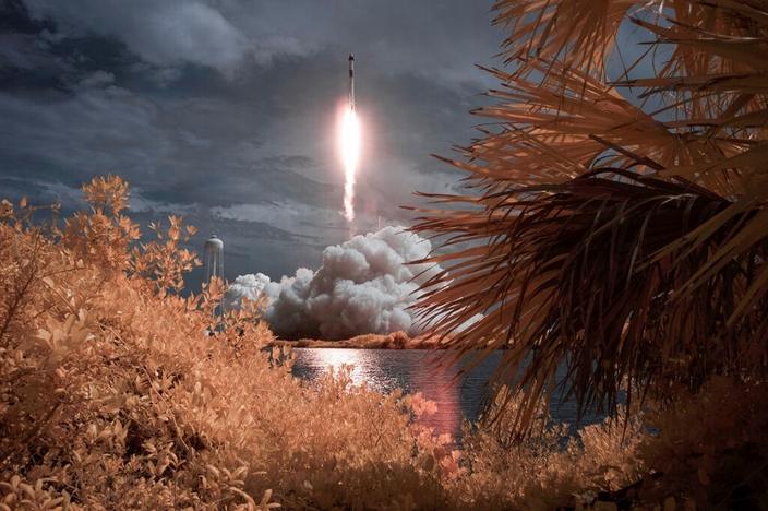 SpaceX火箭升空的雄姿。(AP圖片)