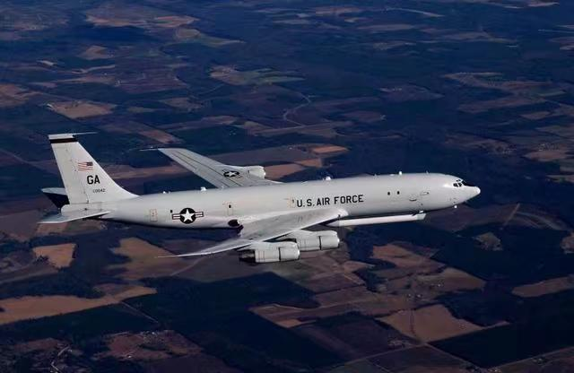 美軍偵察機E8C昨晚一到逼近廣東,離海岸線不足60浬!網上圖片