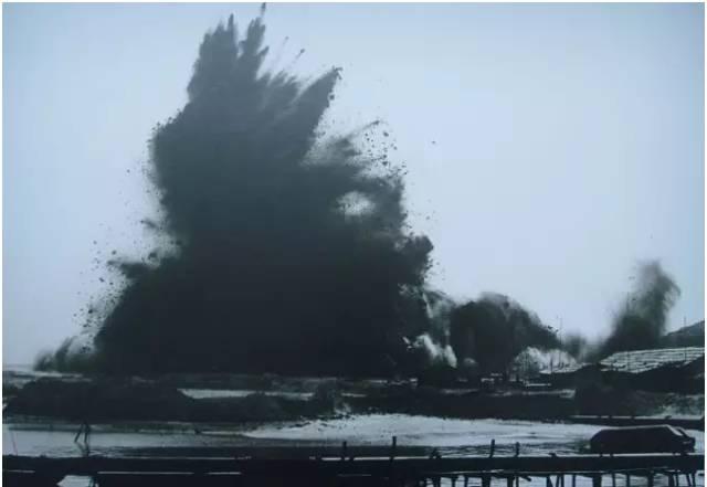 1979年7月8日,蛇口工業區響起第一聲填海建港的開山炮,被稱為改革開放第一炮。