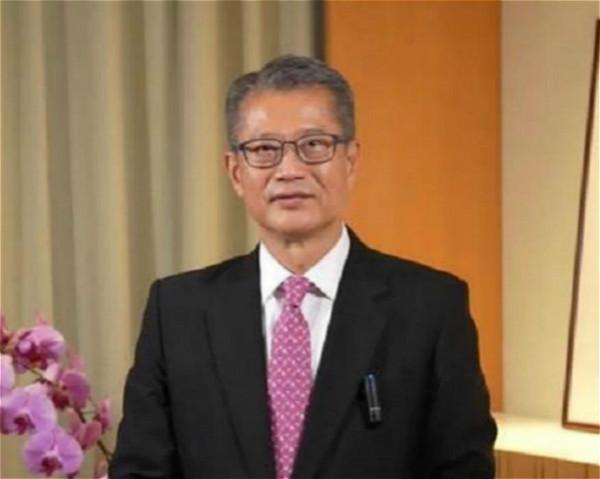 財政司司長陳茂波致辭。