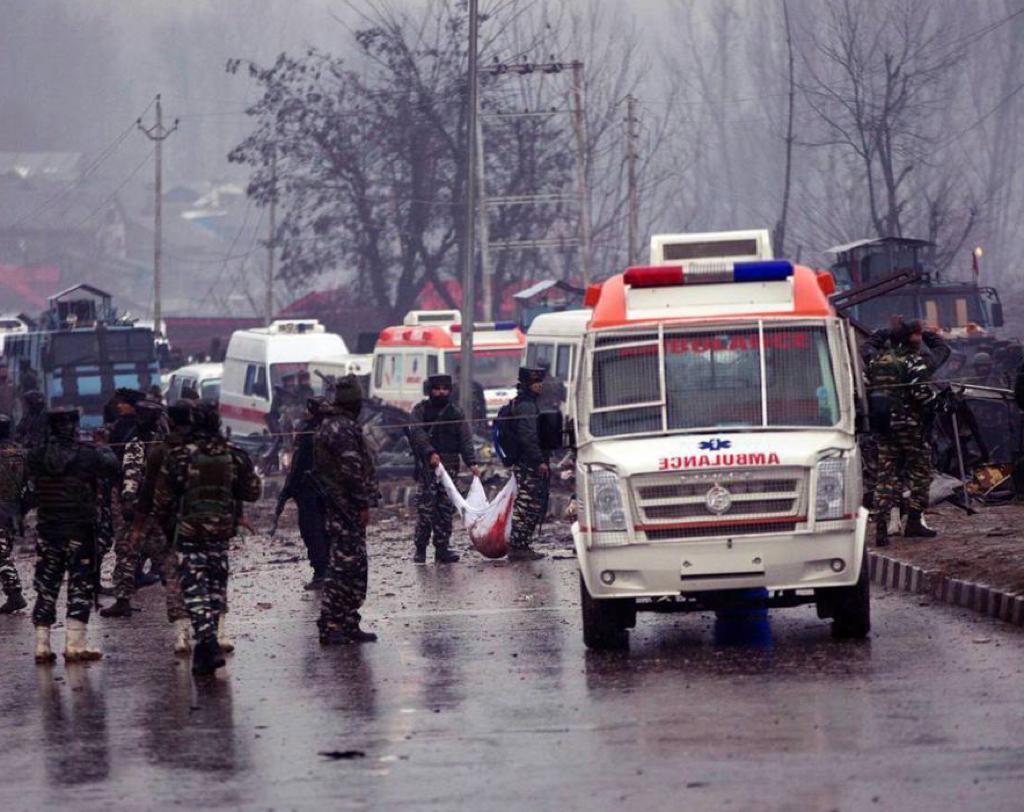 喀什米尔公路爆炸案。