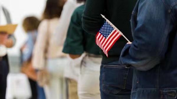 美國人對政治現狀越來越不滿。