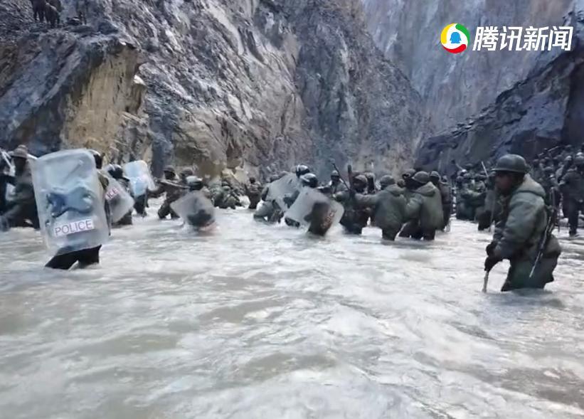 印方突然有大量軍人渡河襲擊祁發寶等人。