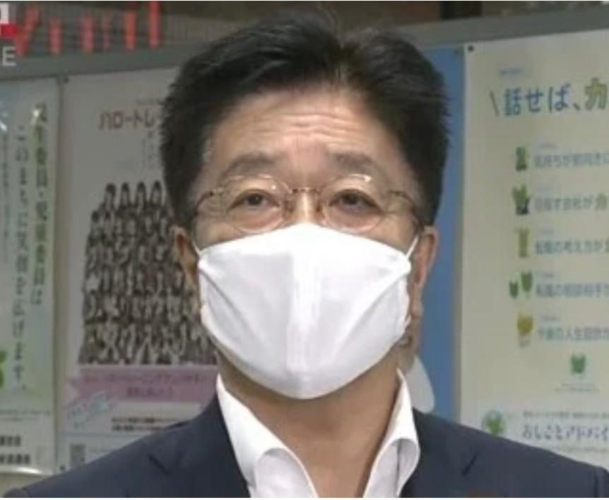日本官房長官加藤勝信。日本廣播公司影片截圖
