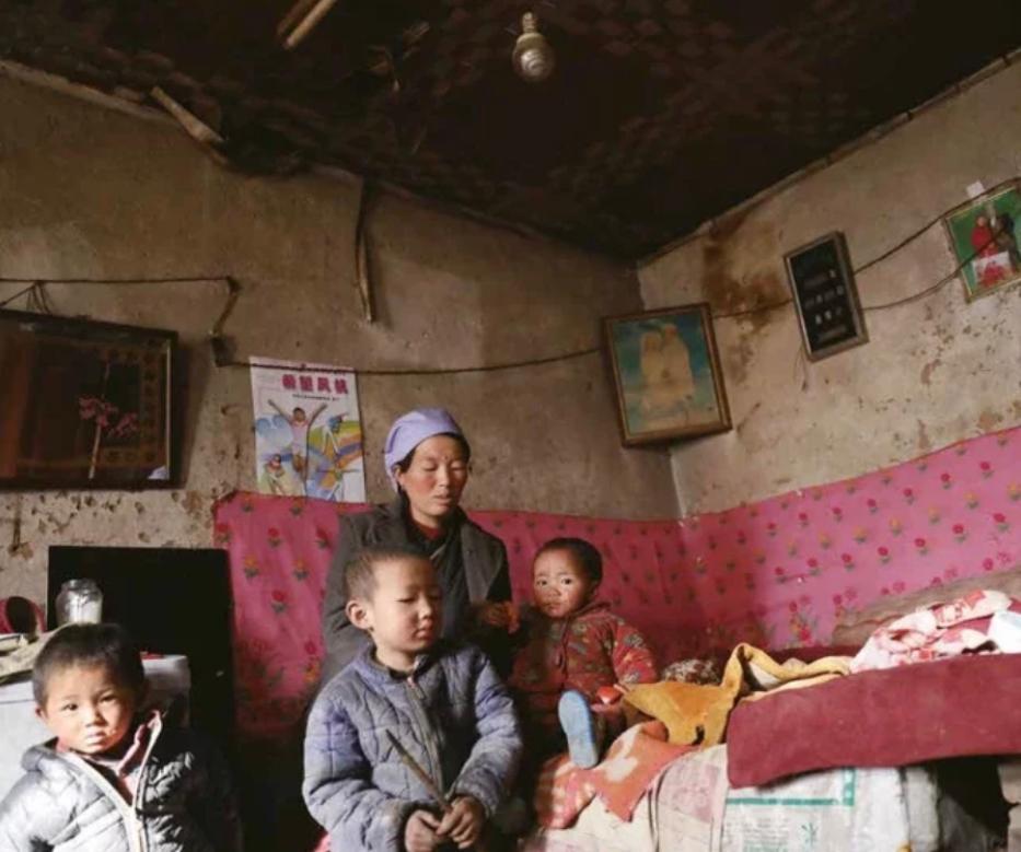 中國過去40年全副精力解決貧窮問題。