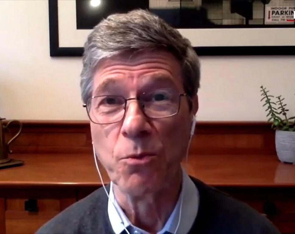哥倫比亞大學可持續發展中心主任薩克斯教授。