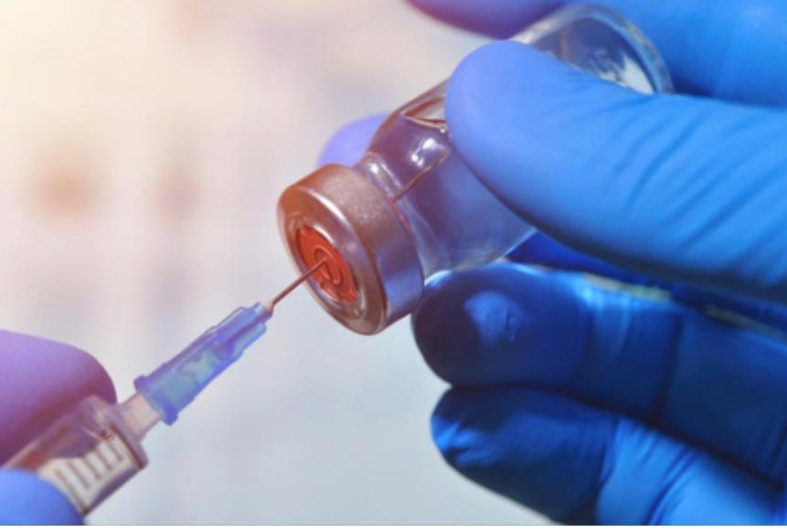 注射疫苗刺激身體產生抗體。