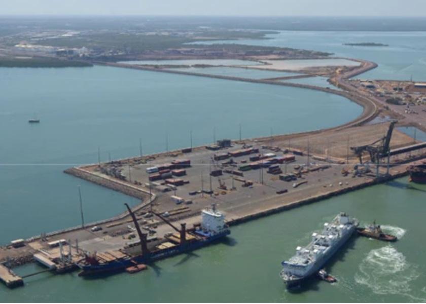 澳洲傳媒指政府正審視重新審視中資企業租借達爾文港99年的協議。