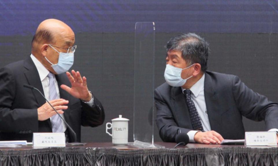 蘇貞昌(左)、陳時中(右)。東森新聞雲資料圖片