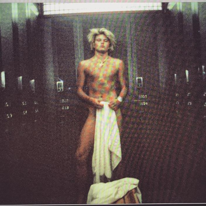 Australian male model re-uploads controversial photos