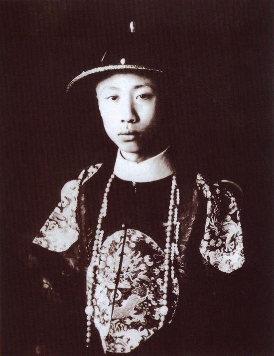 1922年的溥儀 (網上圖片)
