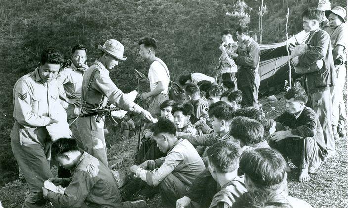 1962年中國逃亡潮,大量內地人偷渡到香港 (資料室珍貴圖片)