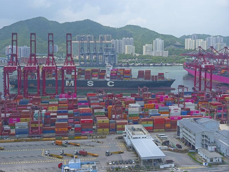 本港10月出口货量按年跌0.1% 进口升1.0%
