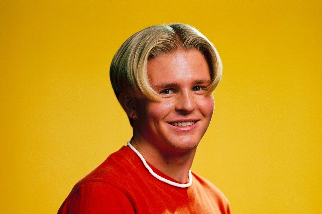 瑞典麦当劳开首间发型屋 只剪一种发型预约却秒杀