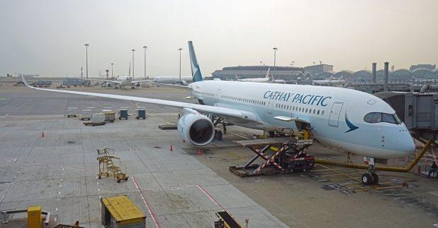 國泰航空表示已做好準備運送疫苗的功夫。(shutterstock)