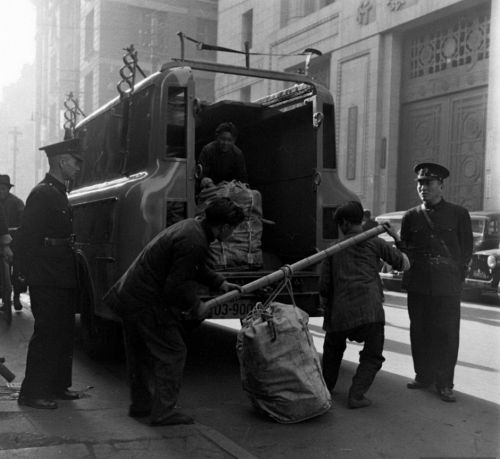 1948年上海發薪奇景