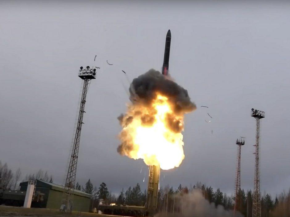 美国拟与俄罗斯延长《新削减战略武器条约》5年