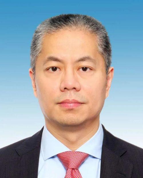 """""""70后""""张为,成上海最年轻副市长"""