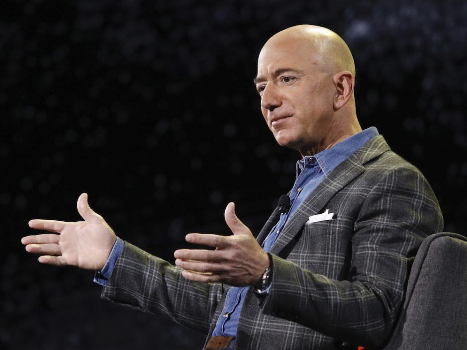 亚马逊创办人贝索斯今年内卸任行政总裁 由云端网络业务主管贾西接任