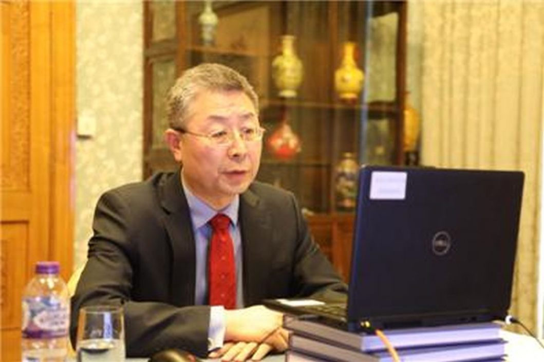 中国驻英公使约见BBC采编主任 就新疆等报道交涉