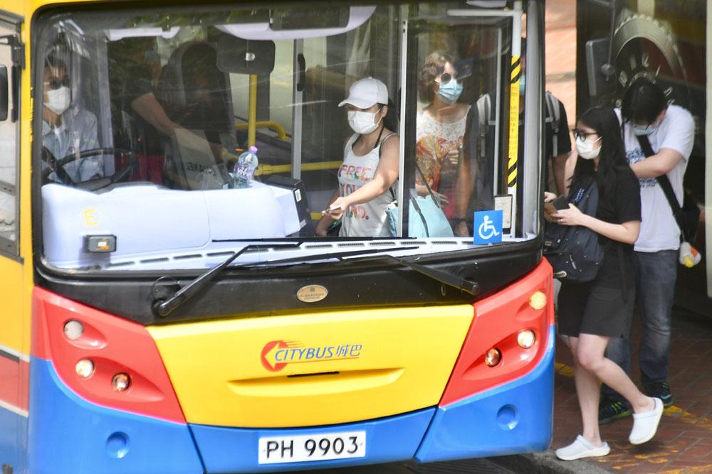 专营巴士明起逐步恢复正常班次