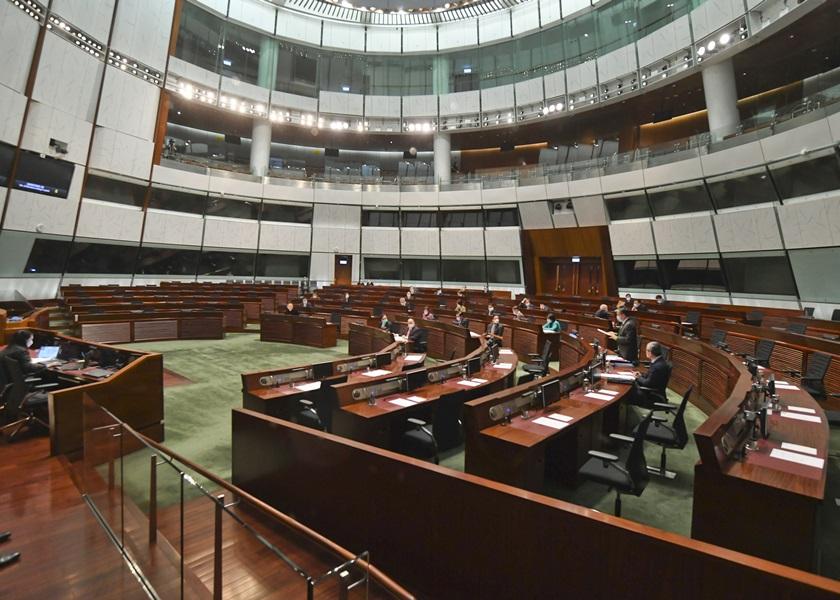立法會恢復公共服務 容許十人以內旁聽會議