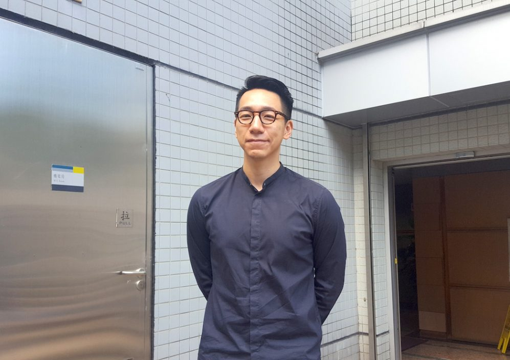 柳俊江涉打伤妻子男友人案 押4月杪再讯